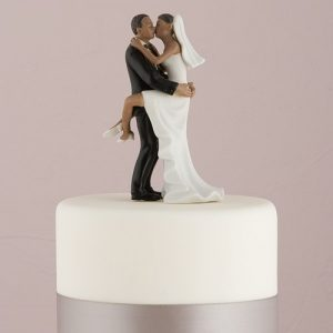 Kissing Couple Cake Topper